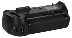MeiKe battery grip MB-D12